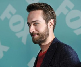 36061_tom-mison-presenta-sleepy-hollow-upfronts-2013-fox.preview