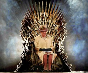 game-of-thrones-iron-throne1-the-queen-of-england-to-invade-westeros-in-got-set-visit