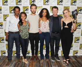 Sleepy-Hollow-Cast-San-Diego-Comic-Con-2014-13