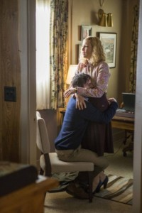 Bates-Motel-A-Death-in-the-Family-Season-3-Episode-1-02