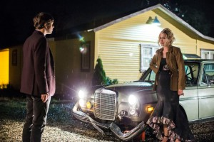 Bates-Motel-The-Arcanum-Club-3x02-promotional-picture-bates-motel-38292583-965-643