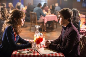 Bates-Motel-The-Arcanum-Club-3x02-promotional-picture-bates-motel-38292613-965-643