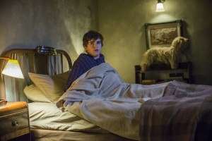 Bates-Motel-Unbreakable-3x04-promotional-picture-bates-motel-38316931-5184-3456