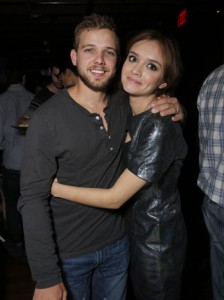 Max Thieriot, Oliva Cooke