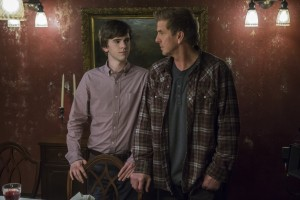 Bates-Motel-The-Last-Supper-3x07-promotional-picture-bates-motel-38387808-5184-3456